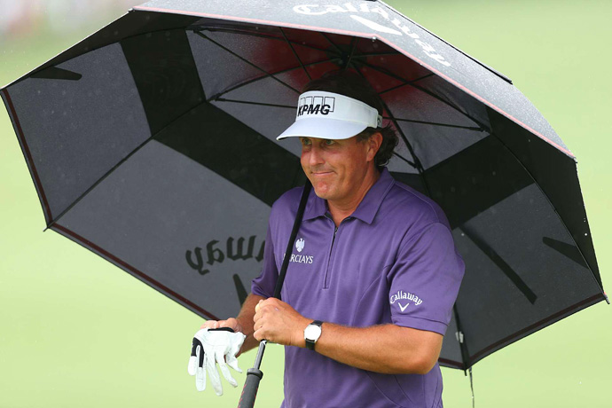 Mickelson shot a four-over 40 on the back nine.