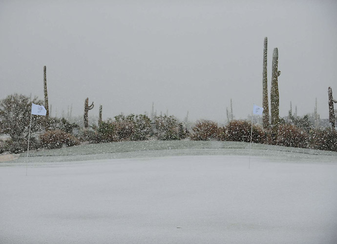 In no time, snow had blanketed the desert course in Arizona.
