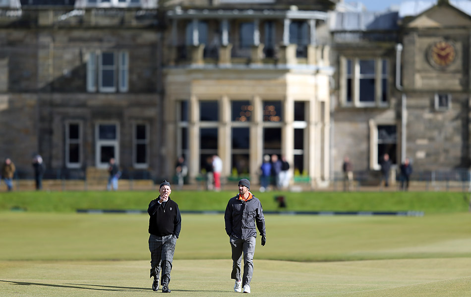 Comedian Bill Murray and Olympic swimmer Michael Phelps played together in the pro am at the Alfred Dunhill Links Championship at St. Andrews.