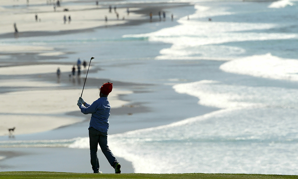Here is Murray taking in the beauty of the scenic 9th hole at Pebble ... while wearing an Elmer Fudd hat.