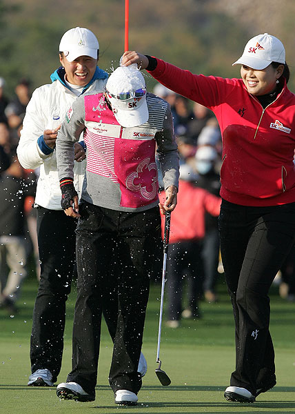 birdied the final hole of the Hana Bank KOLON Championship for her second win of the year.