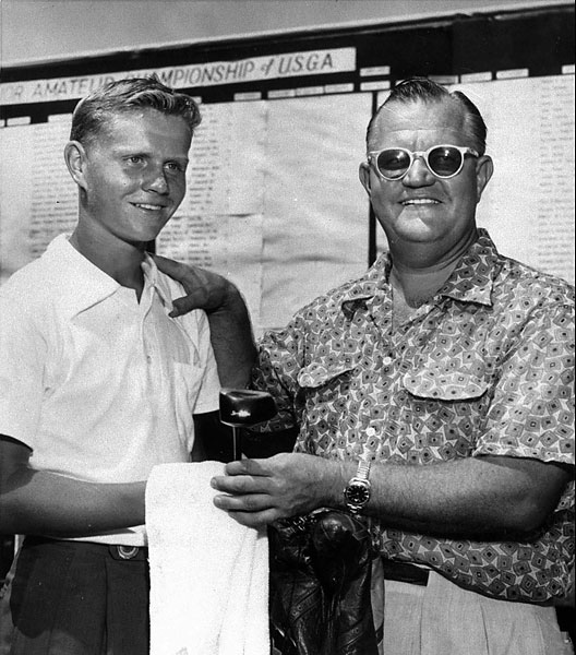 Jack Nicklaus, 13, with his dad, Charles, at the United States National Junior Golf Tournament in Tulsa, Okla., on July 29, 1953.