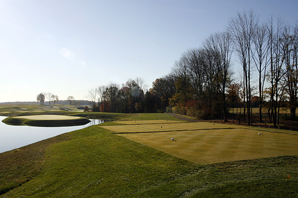 The par-3 14th features an island green.