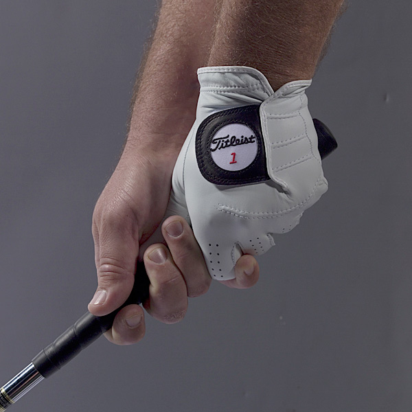 In a recent poll of Top 100 Teachers, 81percent acknowledged that the grip is one of the first things they work on with newstudents. I'm not suprised. Most golfers seethe grip as simple — grab the handle andsqueeze. But there's a lot more to it, andmaking even the slightest error can haveserious ramifications in your swing. (Bythe way, the 19 percent who said their students'grips don't need work admitted tocoaching only pro players. See a pattern?)By Eric Alpenfels, Pinehurst Golf Academy In a recent poll of Top 100 Teachers, 81 percent acknowledged that the grip is one of the first things they work on with new students. I'm not surprised. Most golfers see the grip as simple — grab the handle and squeeze. But there's a lot more to it, and making even the slightest error can have serious ramifications in your swing. (By the way, the 19 percent who said their students' grips don't need work admitted to coaching only pro players. See a pattern?)If you're concerned about your grip, then follow these simple steps. This is the method we teach at the Pinehurst Golf Academy, and it's sequenced to set your hands in the correct positions and avoid the most common grip errors. It's a 5-second procedure that will give you the power and control you've been missing.