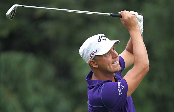 Fredrik Jacobson fired a 67 to build a two-shot lead.