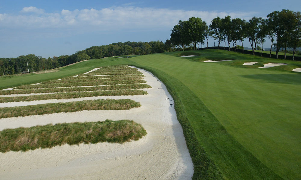 Oakmont will host its record-setting ninth U.S. Open in 2016. The last time the tournament was held at this tough track was in 2007, when Angel Cabrera walked away victorious.