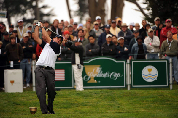 Mickelson improved his record this week to 3-0-1.