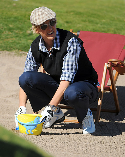 DeGeneres tried to build a sand castle in a bunker along the first fairway.