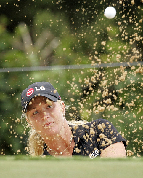 Suzann Pettersen sits one behind the leaders.