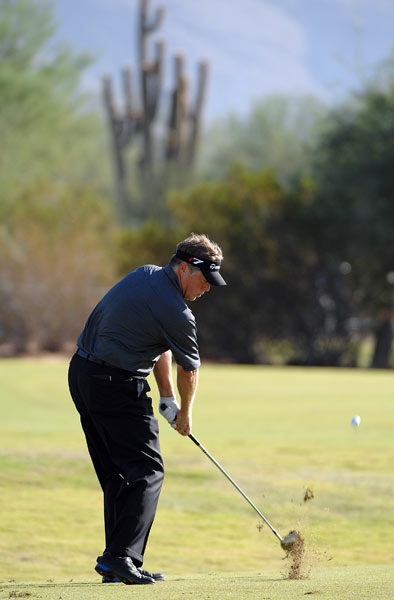 First-round leader Michael Allen stayed in contention despite a one-over 71.