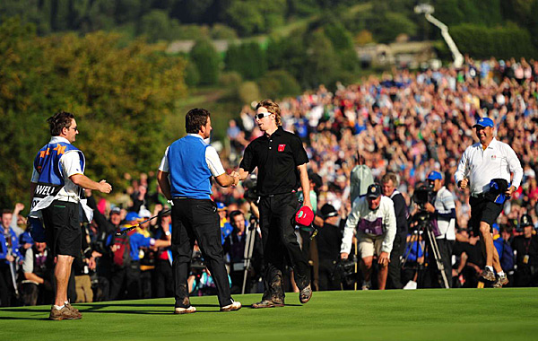 After missing a par putt on the 17th hole, Hunter Mahan conceded his match to Graeme McDowell, giving the Europeans the Ryder Cup.