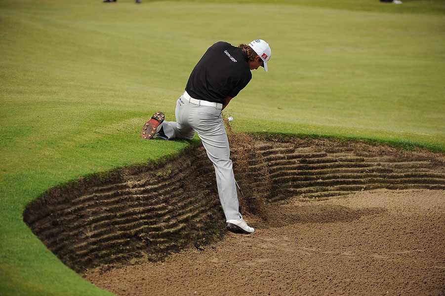 Thorbjorn Olesen, who played with Woods in the third round, took an awkward stance on Saturday.