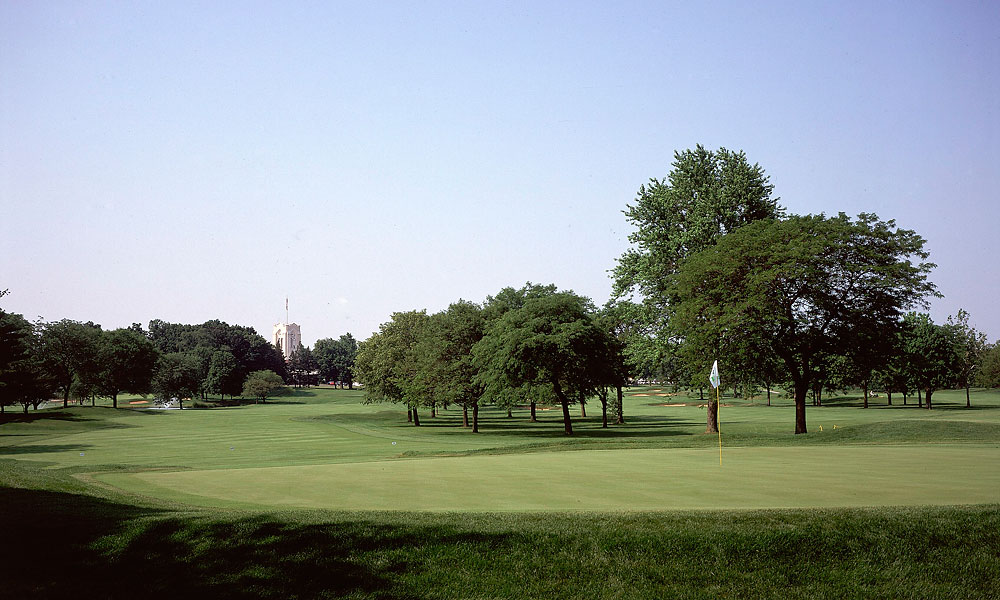 Olympia Fields (North Course) -- Chicago, Ill.                       Site of the 1928 U.S. Open, the 1961 PGA Championship and 1997 U.S. Senior Open, this Golden Ager hit the snooze button for good at the 2003 U.S. Open. Jim Furyk mastered this perfectly pleasant classic parkland design to win his first major, but we challenge anyone to recall any of the holes that comprise the closing stretch.