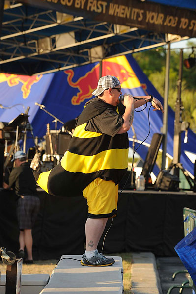 You can see just about anything during tournament week, including a live performance by Big B and the Stingers.