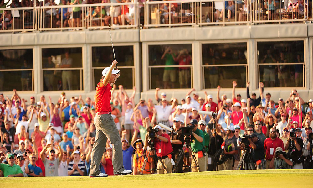 McIlroy sank a 25-foot birdie putt on No. 18 to cap his victory.