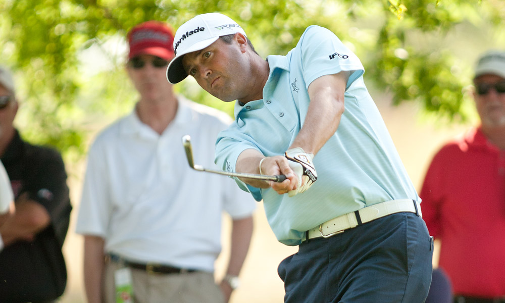 Ryan Palmer shot a six-under 64 to take the lead.