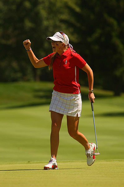 Playing in the first match of the day, Paula Creamer got a big point from Suzann Pettersen.