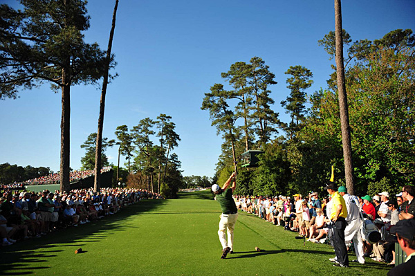 Mickelson on the 18th tee Saturday. He is trying to win his third Masters.