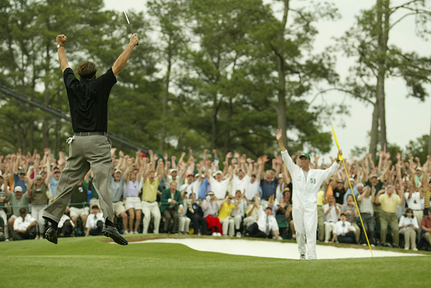 Phil Mickelson birdied the 18th hole to win his first major at the 2004 Masters.