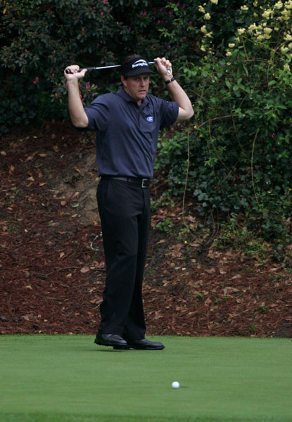 The following year, Mickelson finished 10th, nine strokes behind Woods.