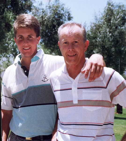 A teenage Phil Mickelson with his dad, Phil Mickelson Sr.