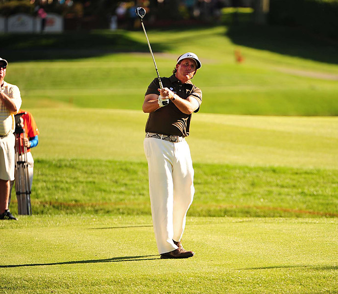 Phil Mickelson had a wild round of 73 that included seven bogeys, four birdies, and an eagle.