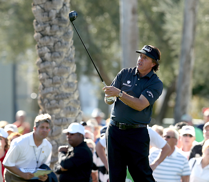 Phil Mickelson struggled to an even-par 72 in his 2013 season debut.