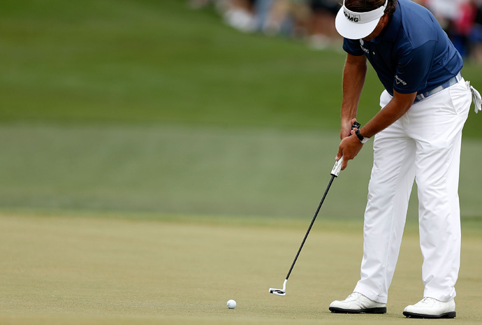 Mickelson is using a new oversized grip on his putter this week. He's also stopped using the claw grip.