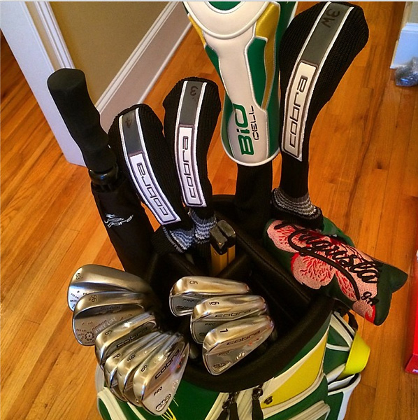 @IanJamesPoulter                       Bag fully ready for action. @ijp_design Augusta putter cover looking good.