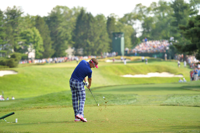 Ian Poulter is one shot off the lead, but he has four holes remaining in his second round.