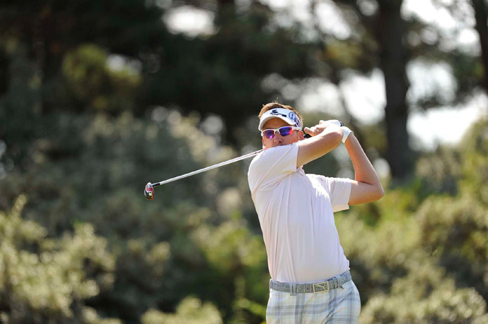 Ian Poulter made five bogeys and a birdie for a 75.
