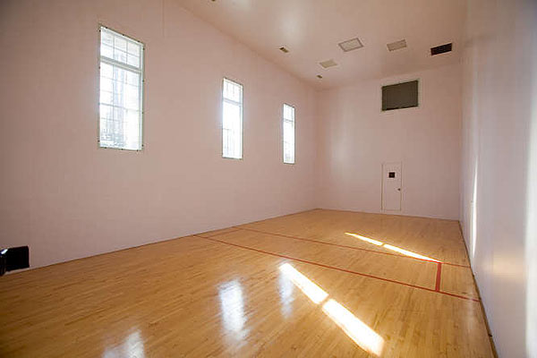 And a raquetball court.