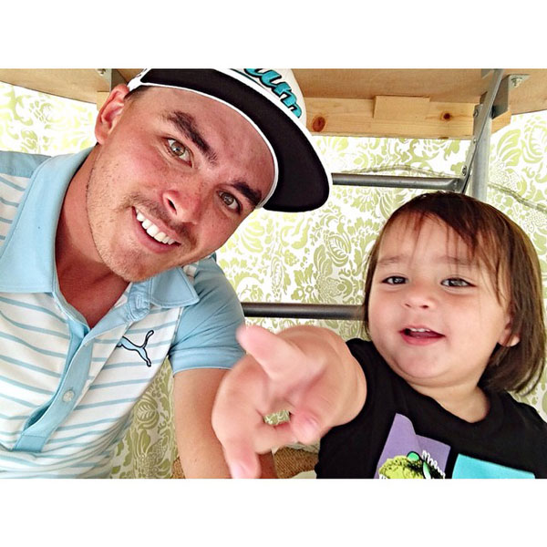 @therealrickiefowler: Under the table post round hanging with my buddy Dash Day #WeLikeToParty #EastLake #FedExCup #Playoffs