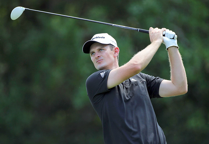 Justin Rose, a winner last week at Doral, is in contention again after a one-under 70.