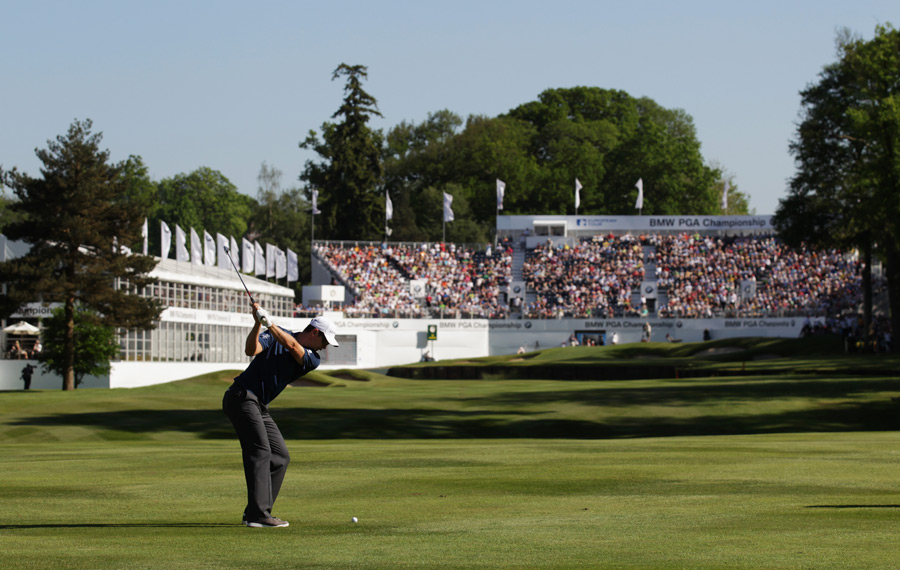 Justin Rose made two birdies on the back nine to move into second place.