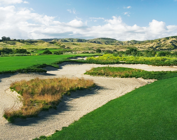 Rustic Canyon Golf Course -- Moorpark, Calif. -- rusticcanyongolfcourse.com                        -- $34-$79 Year-Round