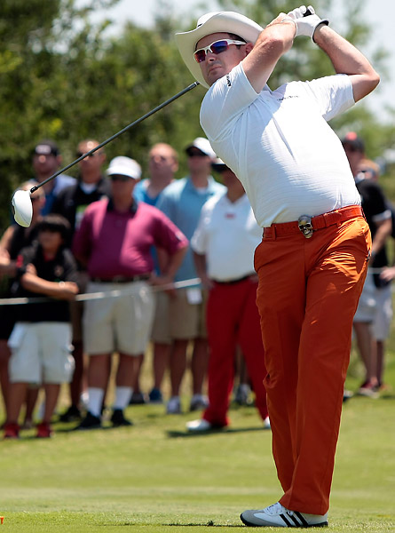 Rory Sabbatini struggled to a five-over 75.