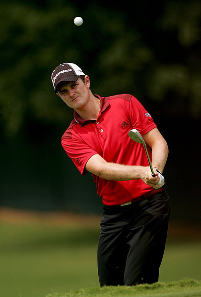 Justin Rose made two-straight birdies, then play was suspended.