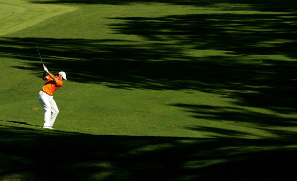 Sergio Garcia moved into contention after a six-under 64.