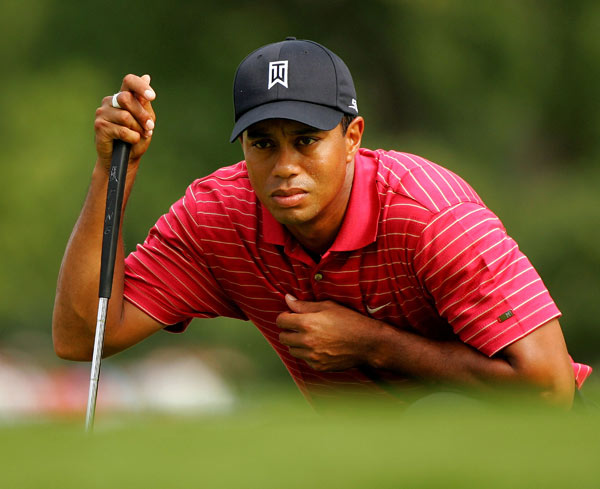 Woods won his seventh tournament of 2007 and the 61st of his career, moving him one behind Arnold Palmer and three behind Ben Hogan.