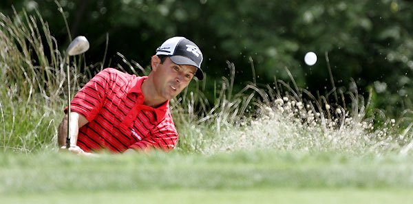 Mike Weir followed his first-round 65 with a three-under 68.