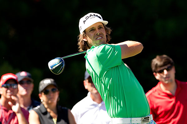 Aaron Baddeley made seven birdies, three bogeys and an eagle to finish with a share of the lead.