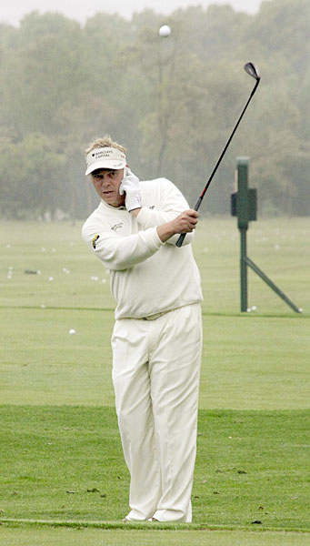 "Darren Clarke got in some ""quality"" practice during the 2008 BMW Asian Open."