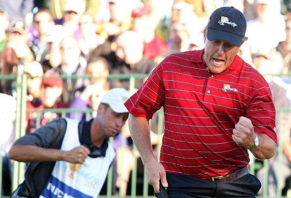 The Presidents Cup: Saturday Four-ball                                      Phil Mickelson made a birdie on 18 and secured a half point against Adam Scott and Retief Goosen.