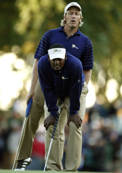 Vijay Singh and Stuart Appleby handed Steve Stricker his first loss of the Presidents Cup. Singh and Appleby beat Stricker and Hunter Mahan 1 up.