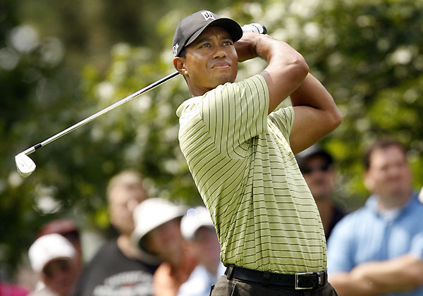 Woods finally made birdies on 6, 9, 11, 15 and 17 to finish one behind the leaders.