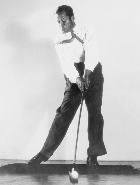 1930s                                              By the 1930s, golfers were abandoning their knickers in favor of flannel trousers, usually white or gray. The shift was practical because many men went directly from the office to the course. Golfers also began playing without neckties. The 1933 U.S. Open was played during a severe heat wave, inspiring more lightweight, less formal clothes, though Walter Hagen and Gene Sarazen continued to wear foulard silk ties. Men's style magazines devoted pages to the wardrobe of Bobby Jones.