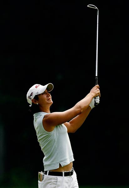"Laura Diaz                       Height: 5'8""                       Birthplace: Scotia, N.Y.                       Career Victories: 2                                              Diaz crossed the $4 million mark in career earnings in 2007, helped the U.S. Solheim Cup team to victory and recorded at T2 finish in her first tournament of the year in 2008, the SBS Open at Turtle Bay."