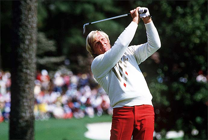The Shark goes pin hunting. Greg Norman in action during the 1986 Masters