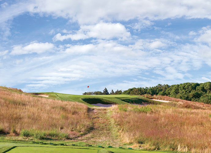 Shinnecock Hills Golf Course in Southampton, New York: Shinnecock Hills Golf Club is another links-style golf course located on Long Island. It has hosted the U.S. Open four times in the past and it is due to do so again in 2018. It is also home to one of the shortest par-5 in the world, the 150 yard par-3 11th. I played it last year for the first time and fell in love with the place.
